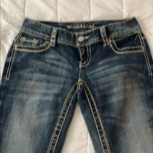 Maurice's like new jeans. Perfect condition. 😊